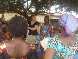 Frauen in Afrika - Hoffnung und Chancen - aber auch jede Menge Herausforderungen.